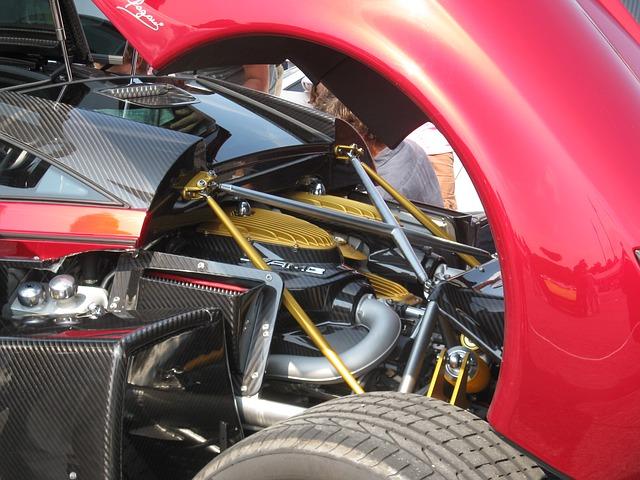 Hyper automobil Pagani Huayra