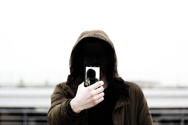 Dajte si pozor, fotenie selfie spôsobilo už takmer 260 úmrtí!