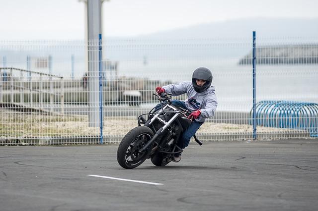 Imidžová, no hlavne praktická výbava zodpovedného motorkára